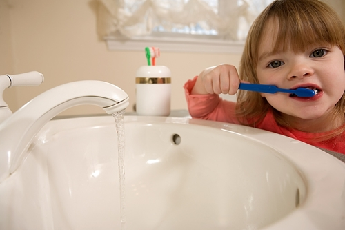 Colors and characters make teeth brushing fun.