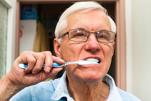 More dentist visits may be necessary to keep seniors' teeth healthy