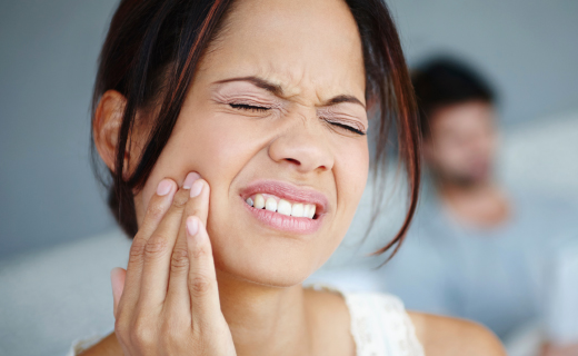 dca-blog_article-08_tooth-pain
